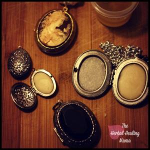 Solid Perfume – DIY – ALLNATURAL